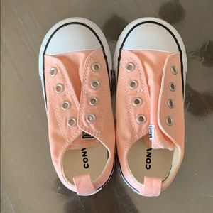 New Converse Velcro laceless sneakers peach 8